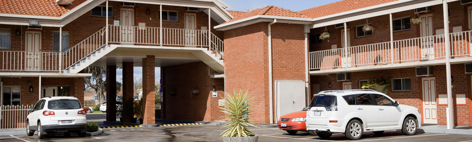 Courtyard Motor Inn offers budget friendly accommodation that doesn't compromise comfort, convenience, and safety.